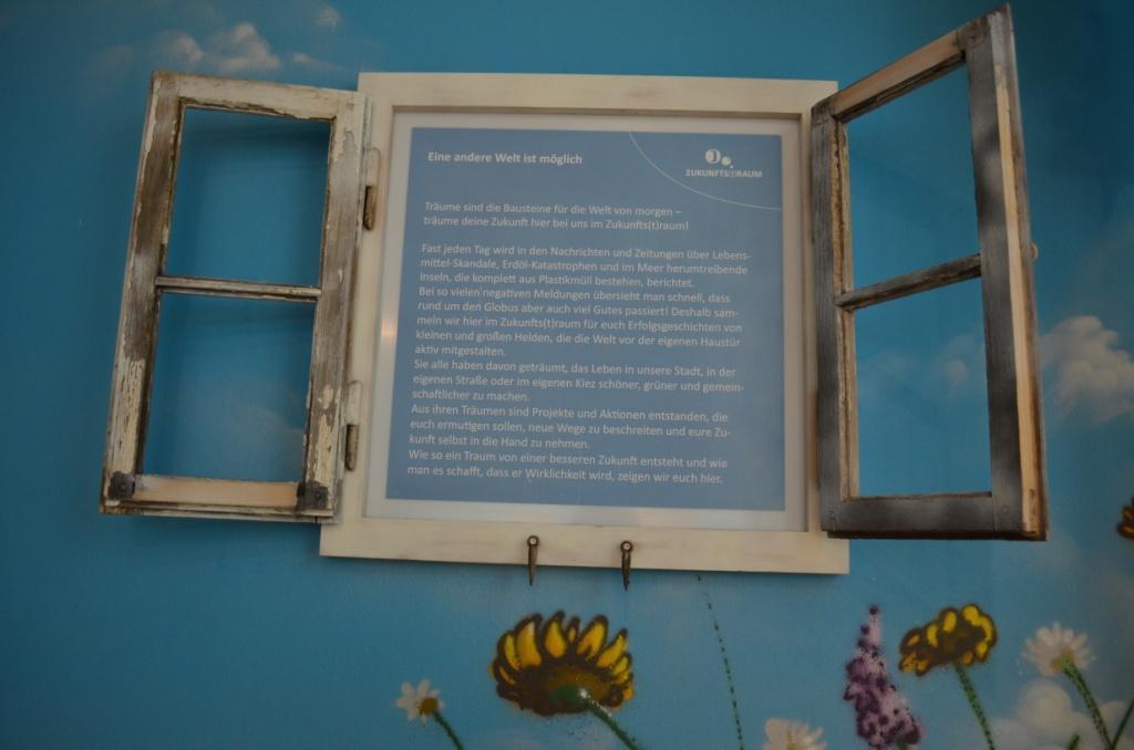 """Eröffnung der Ausstellung """"Mensch - Müll - Meer"""" im Haus Natur und Umwelt in Berlin"""